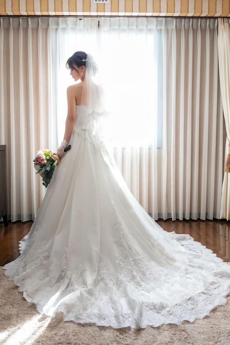 ウェディングドレス ベルーナ